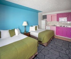 Coast River Inn Hotel Seaside - Two Queens with Kitchenette